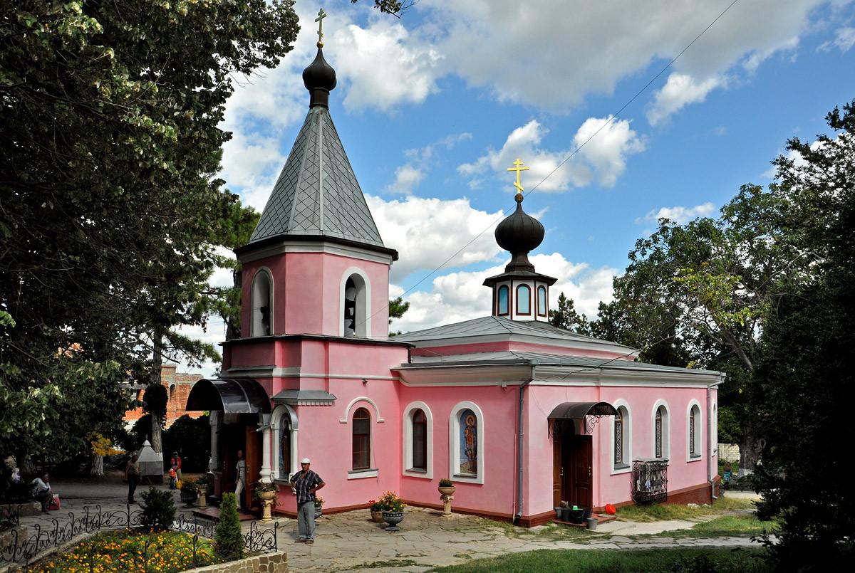 Фото: Топловский монастырь