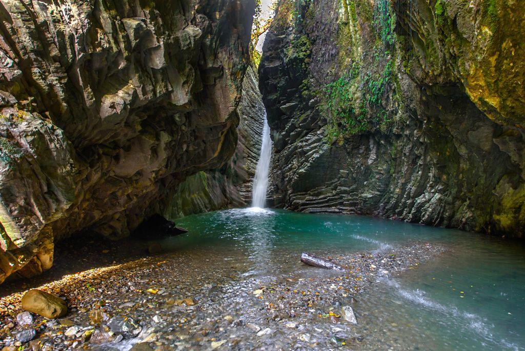 Фото: На водопады Сочи, с кондиционером