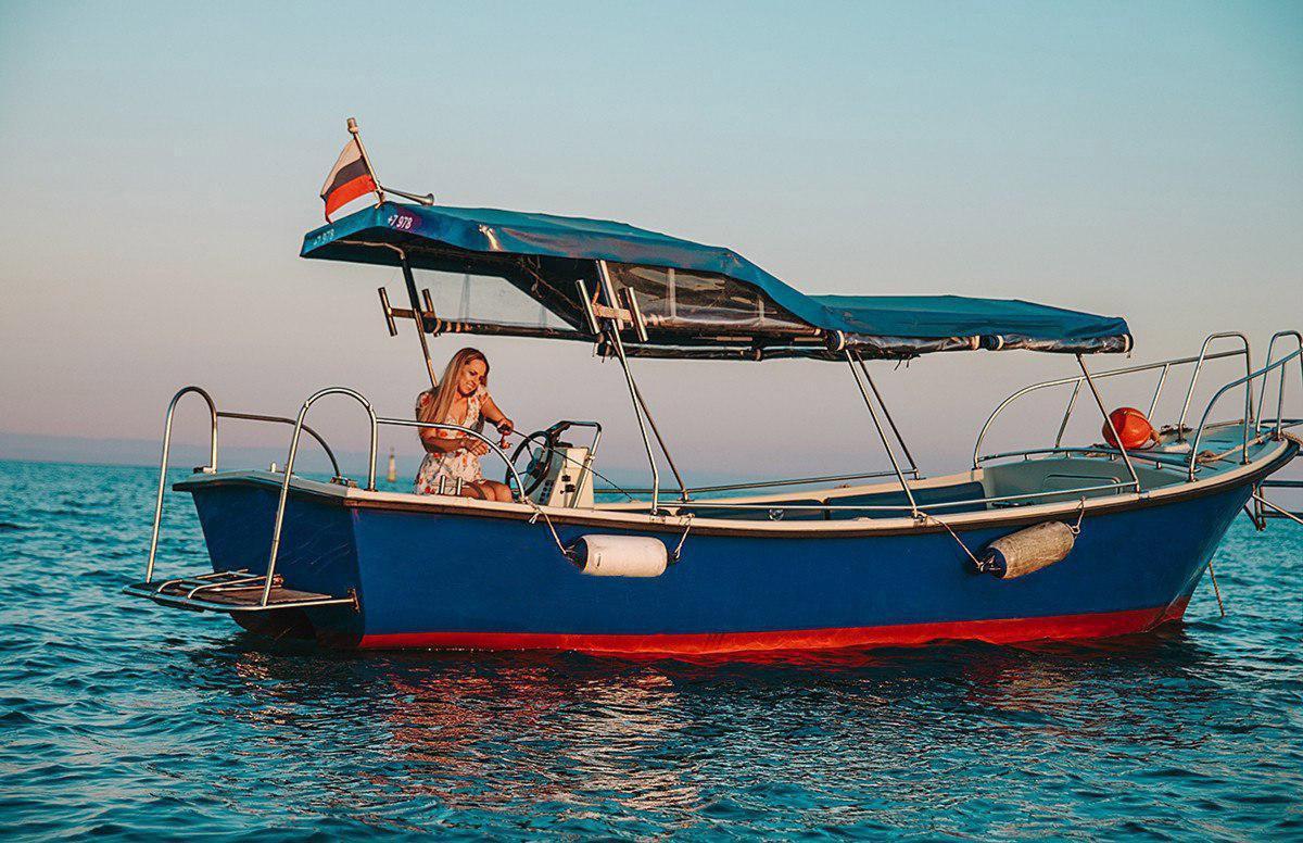 Фото: Аренда катера для рыбалки