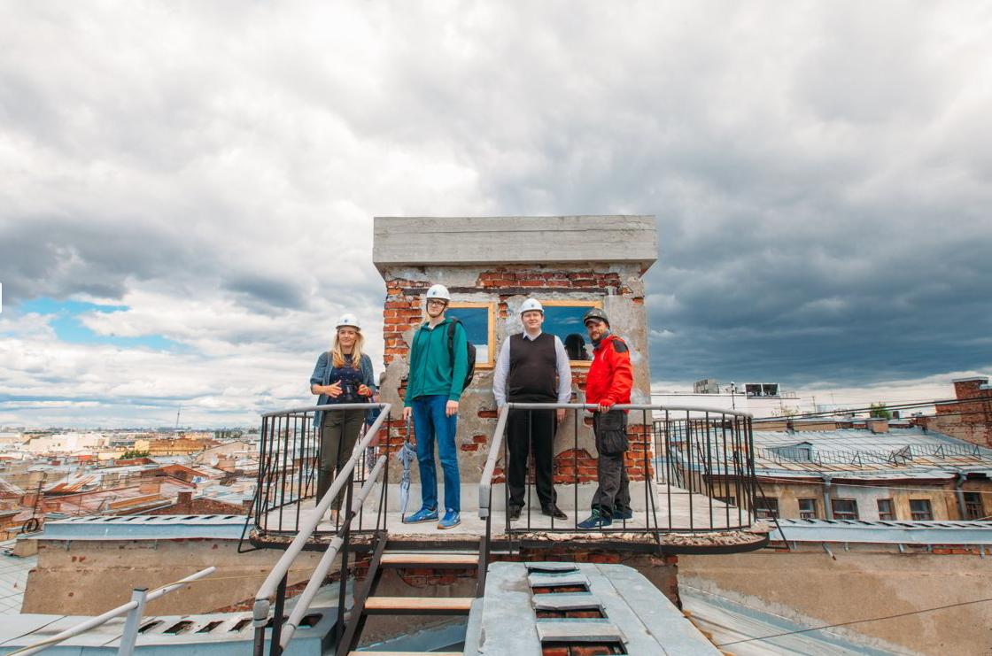Фото: Индивидуальная прогулка по крышам Петербурга
