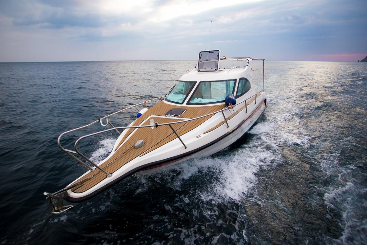 Фото: Скоростная Яхта «Corvet»