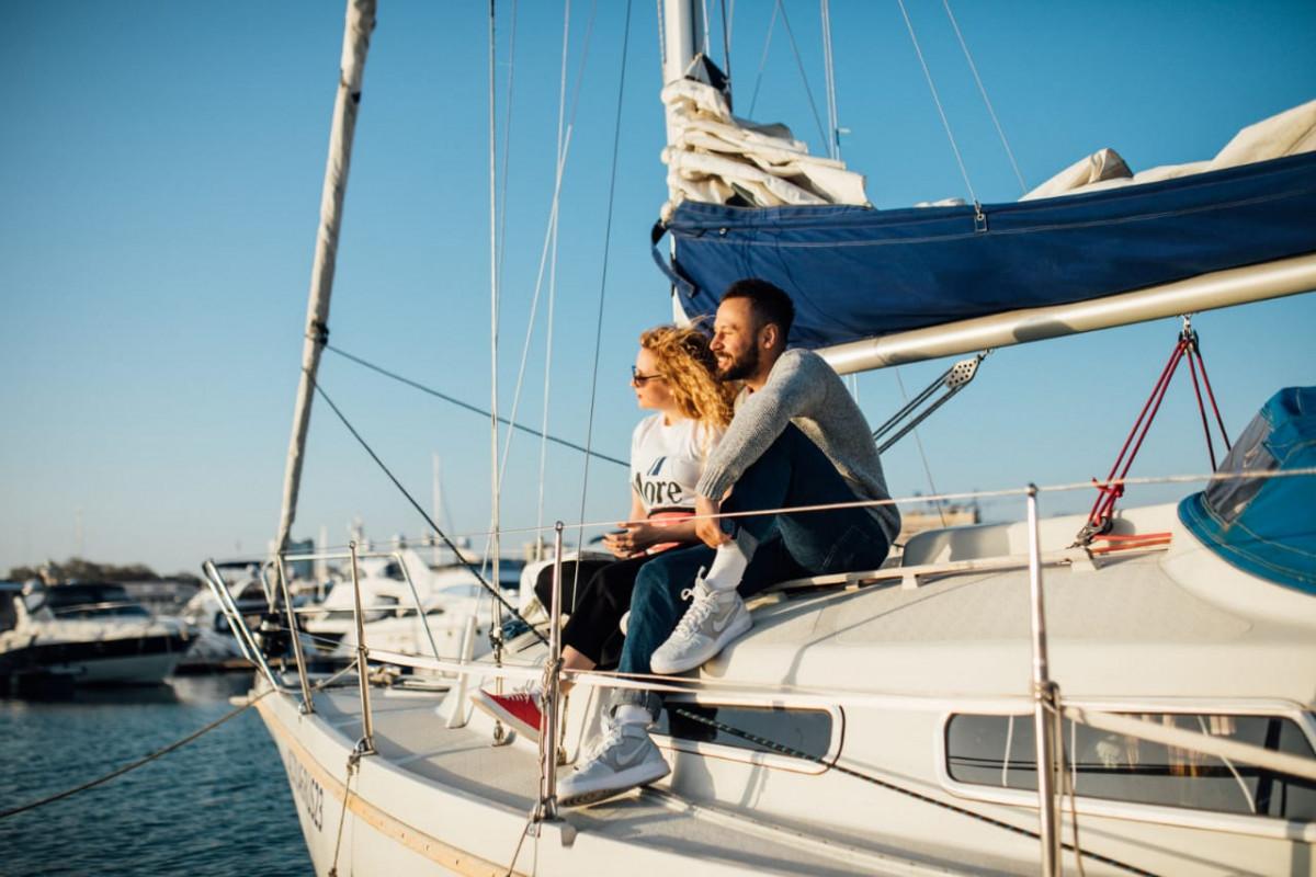 Фото: Морские прогулки на парусной яхте