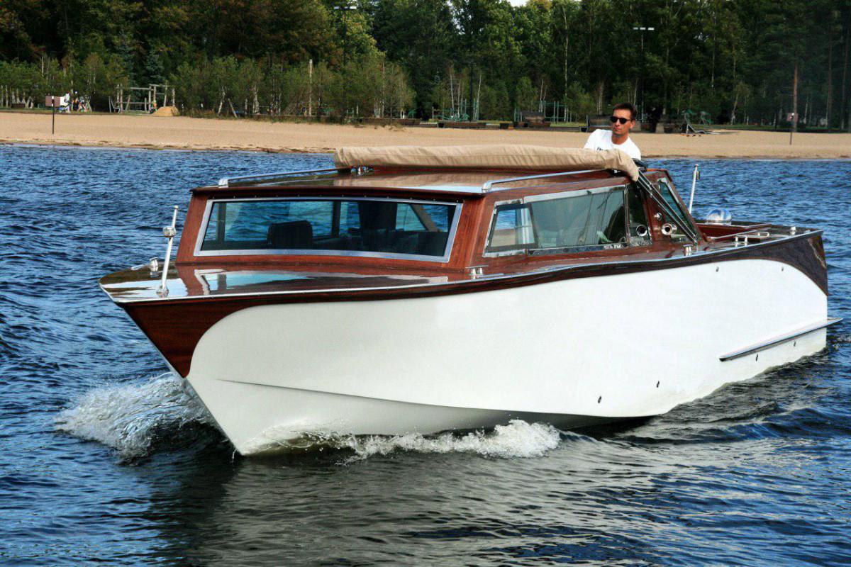 Фото: Комфортабельная яхта «Premier»