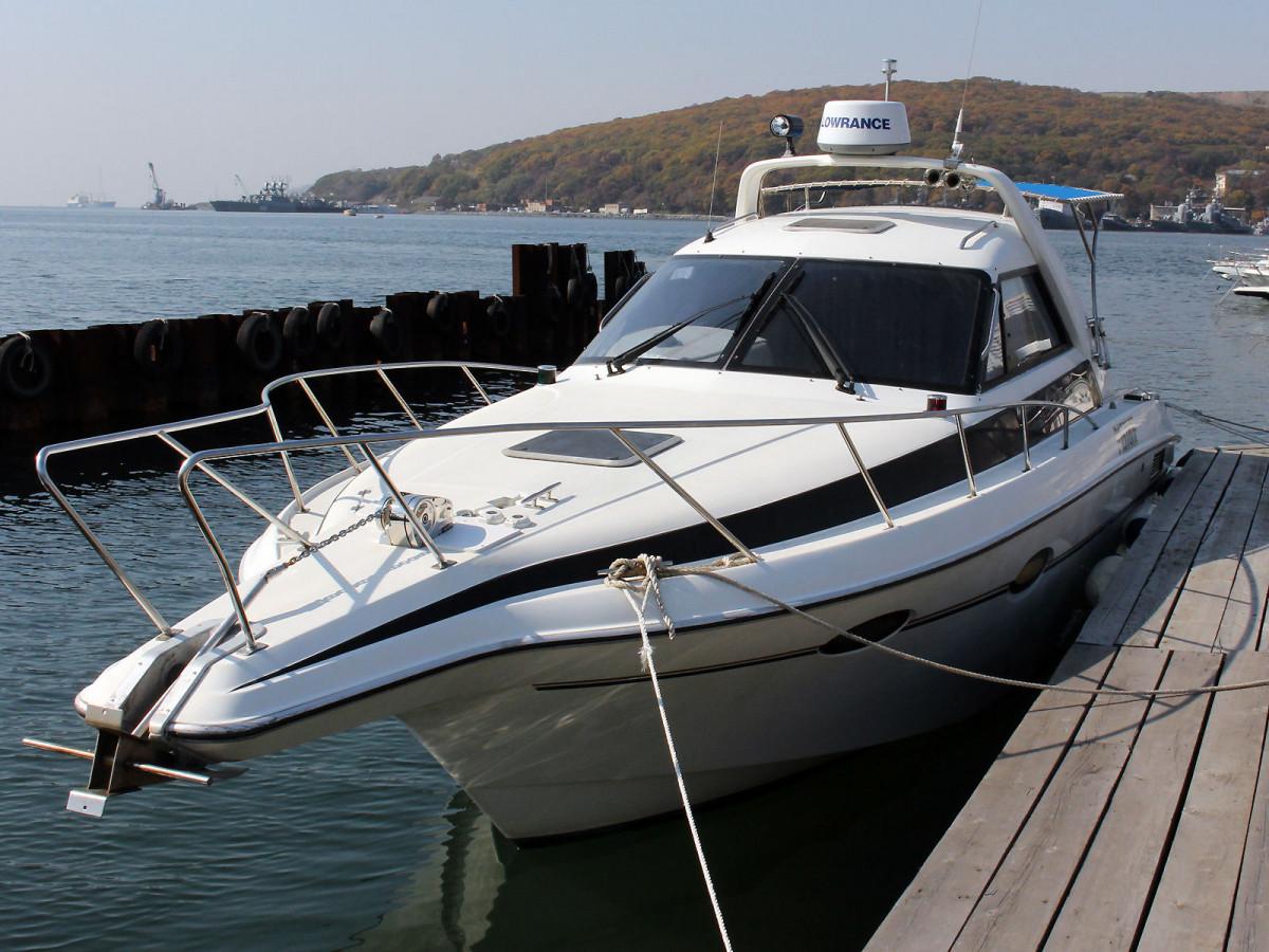 Фото: Прокат яхты «Yamaha FR 28» с капитаном