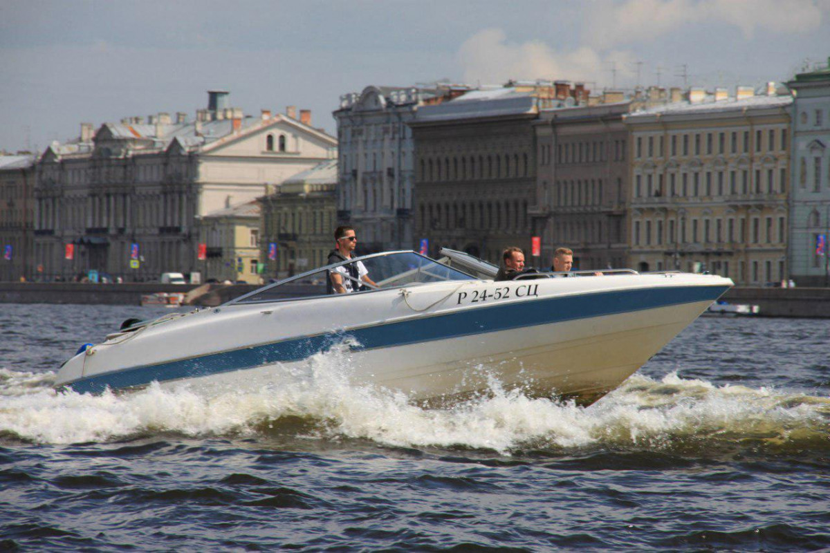 Фото: Аренда катера «Bayliner-2»