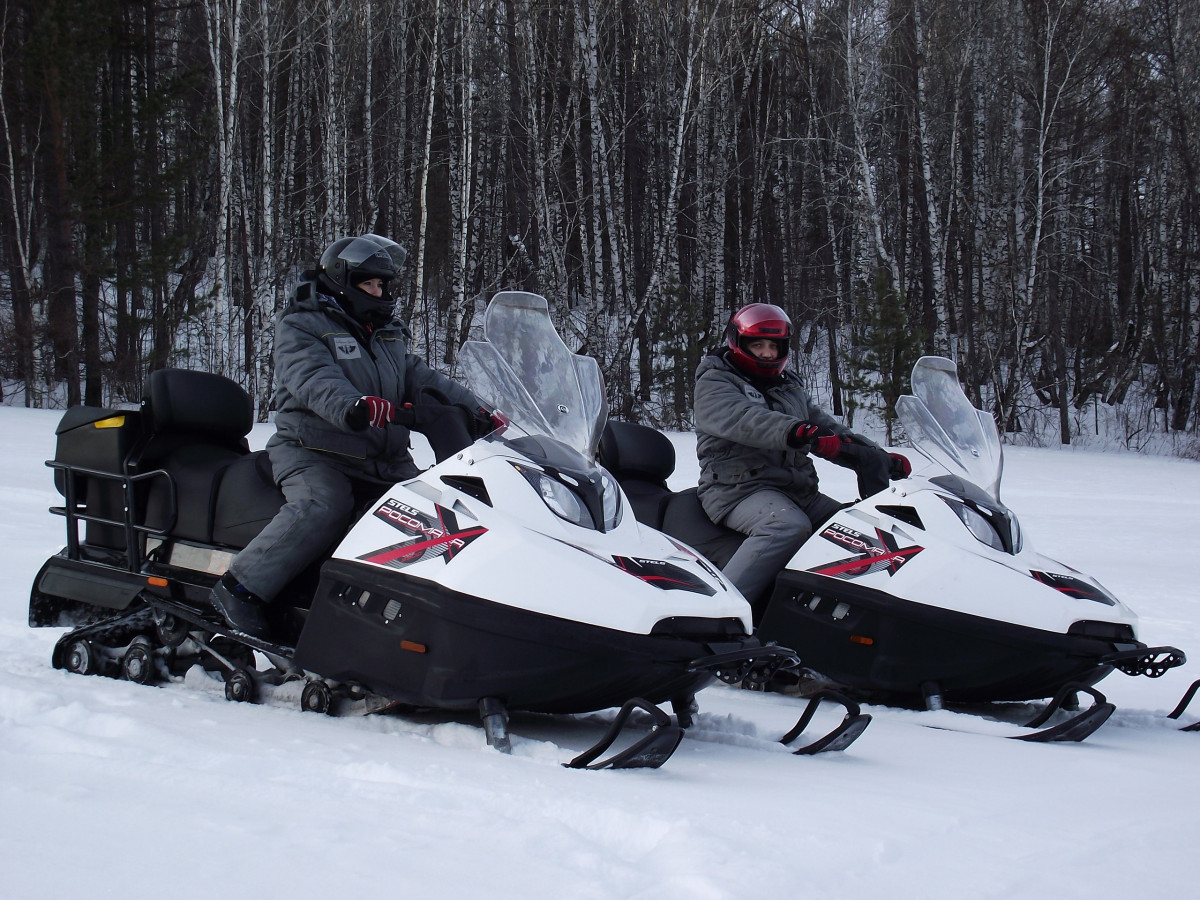 Фото: На снегоходах к скале «Арка»