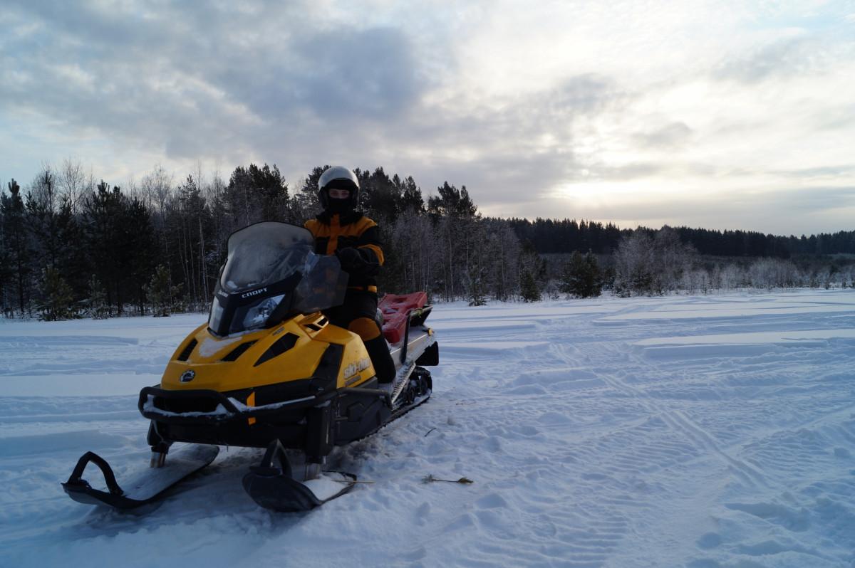 Фото: На снегоходах по парку «Оленьи ручьи»