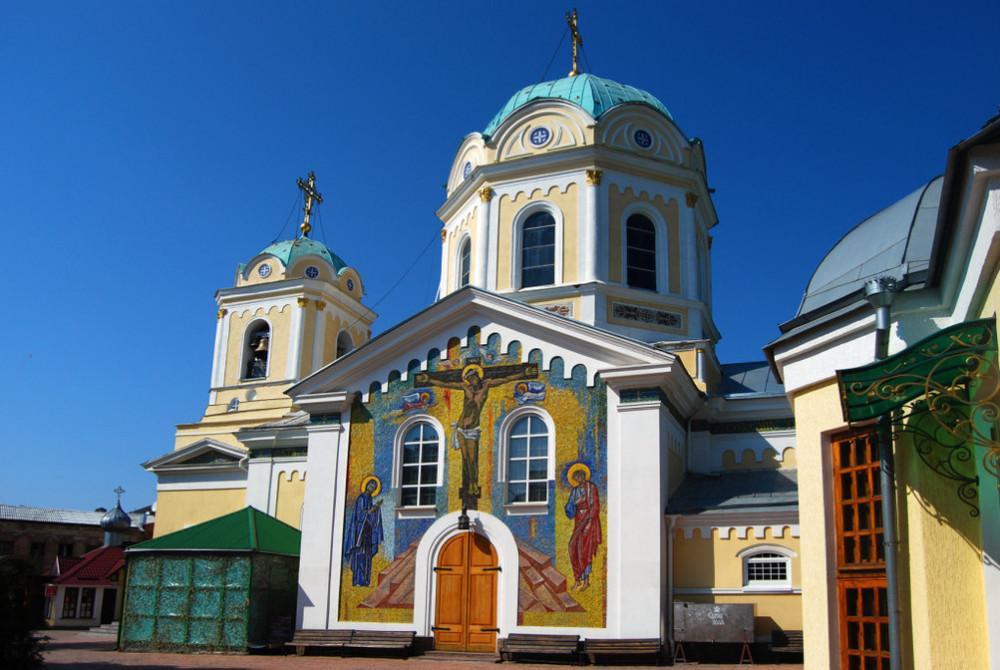 Фото: Пять монастырей Крыма