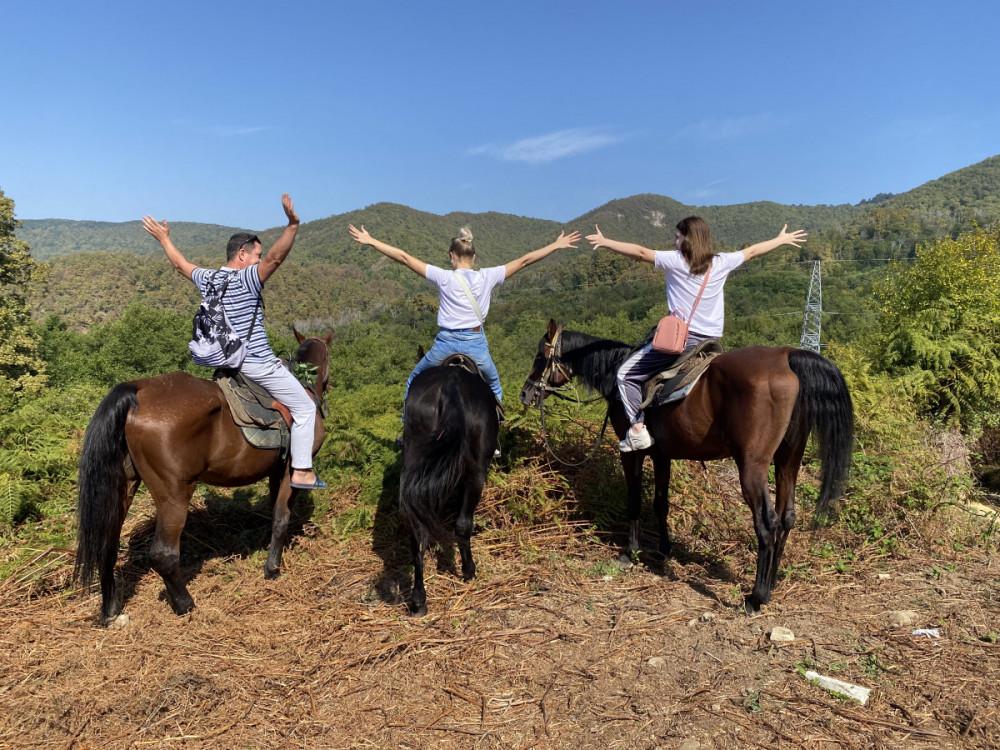 Фото: Двухчасовая конная прогулка