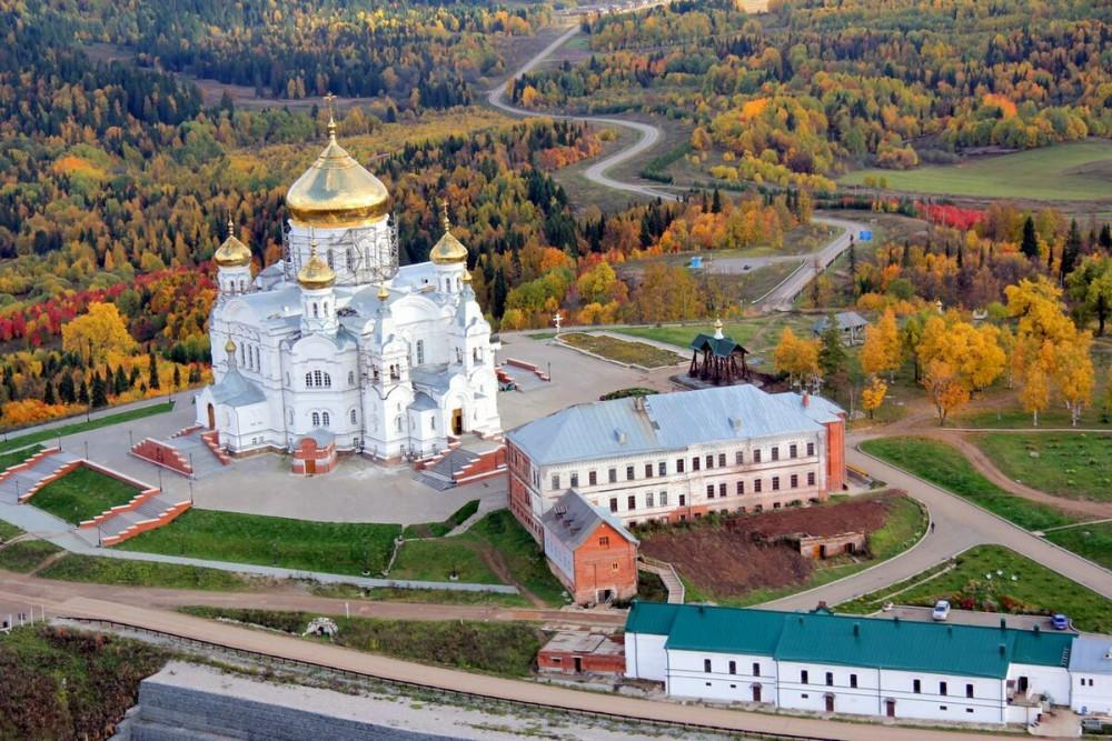 Фото: Белогорский Монастырь