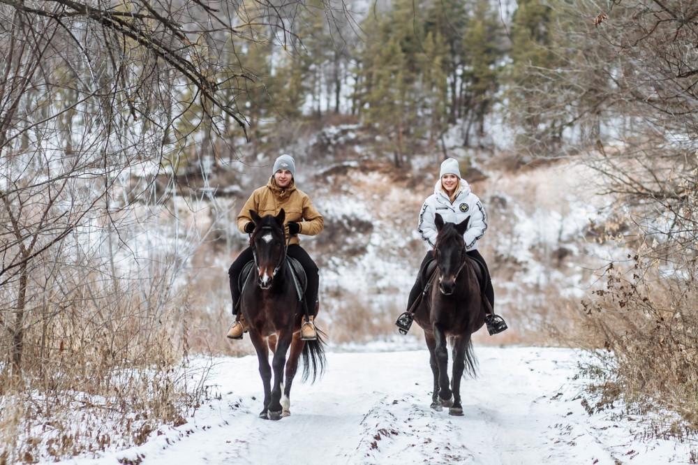 Фото: Прогулка на лошадях с пикником