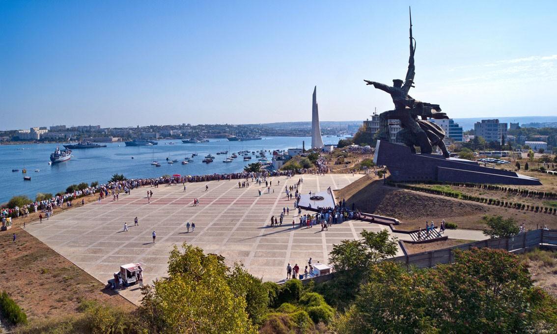 Фото: «Легендарный Севастополь, 35 батарея»