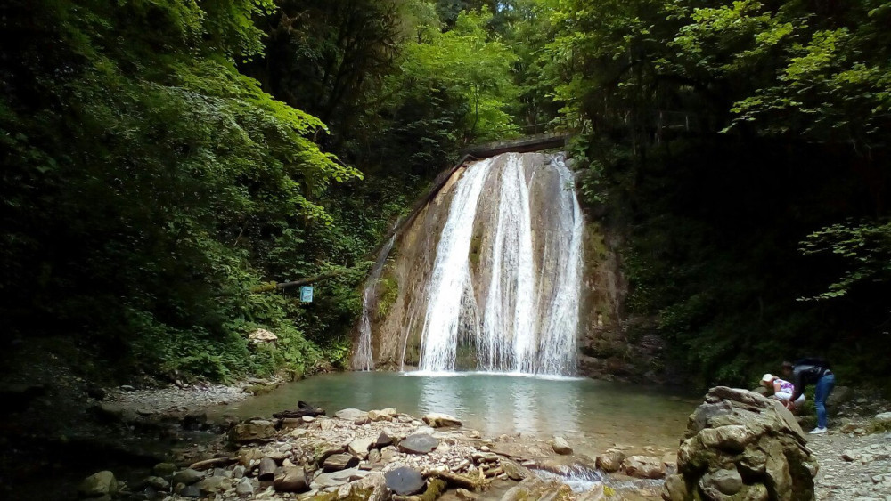 Фото: Джип-тур «33 водопада»