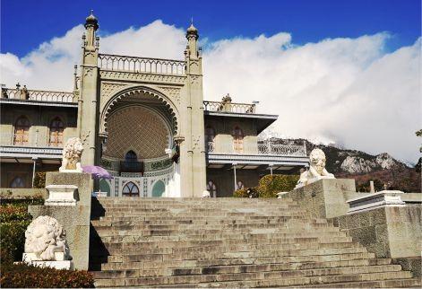Фото: «Два дворца и белый теплоход»