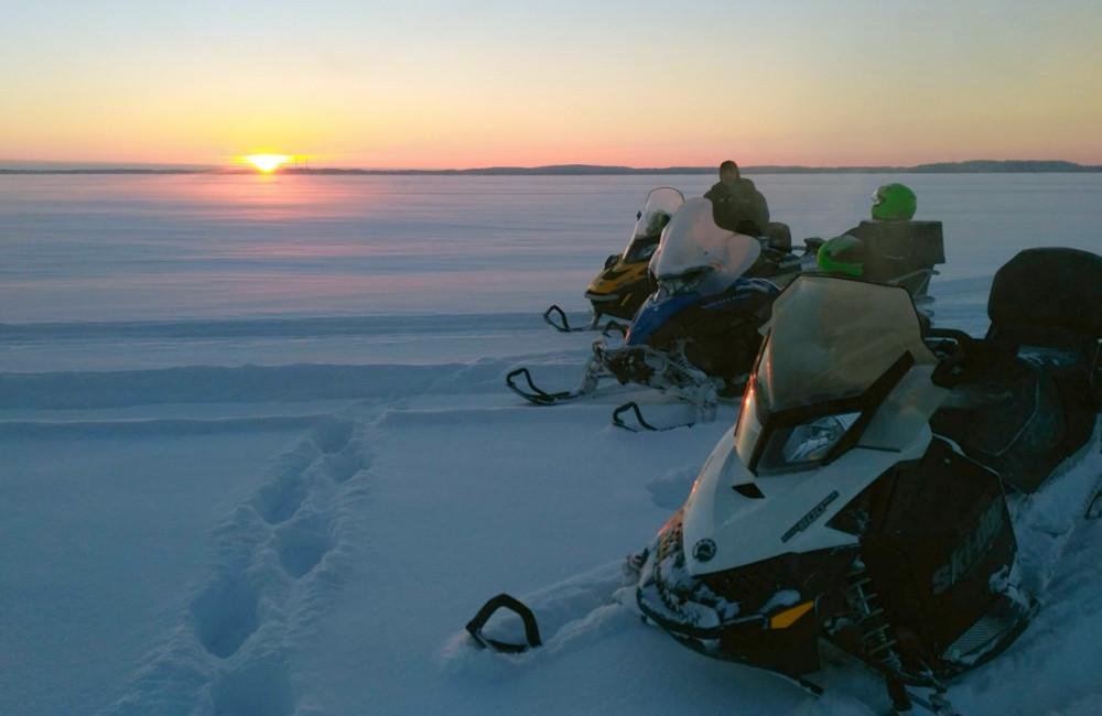 Фото: Снегоходное сафари на о. Кижи