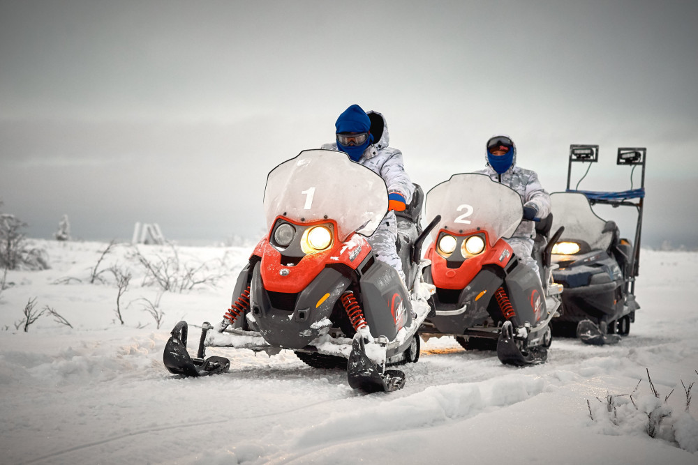 Фото: На снегоходах на п-ов Средний и Рыбачий