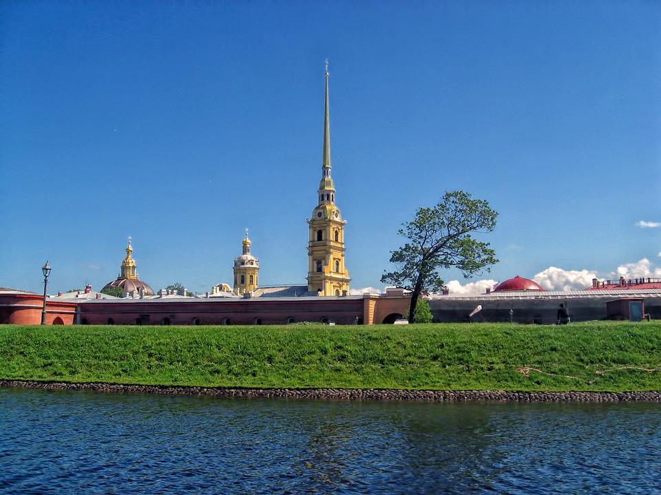 Фото: Обзорная + Петропавловская крепость