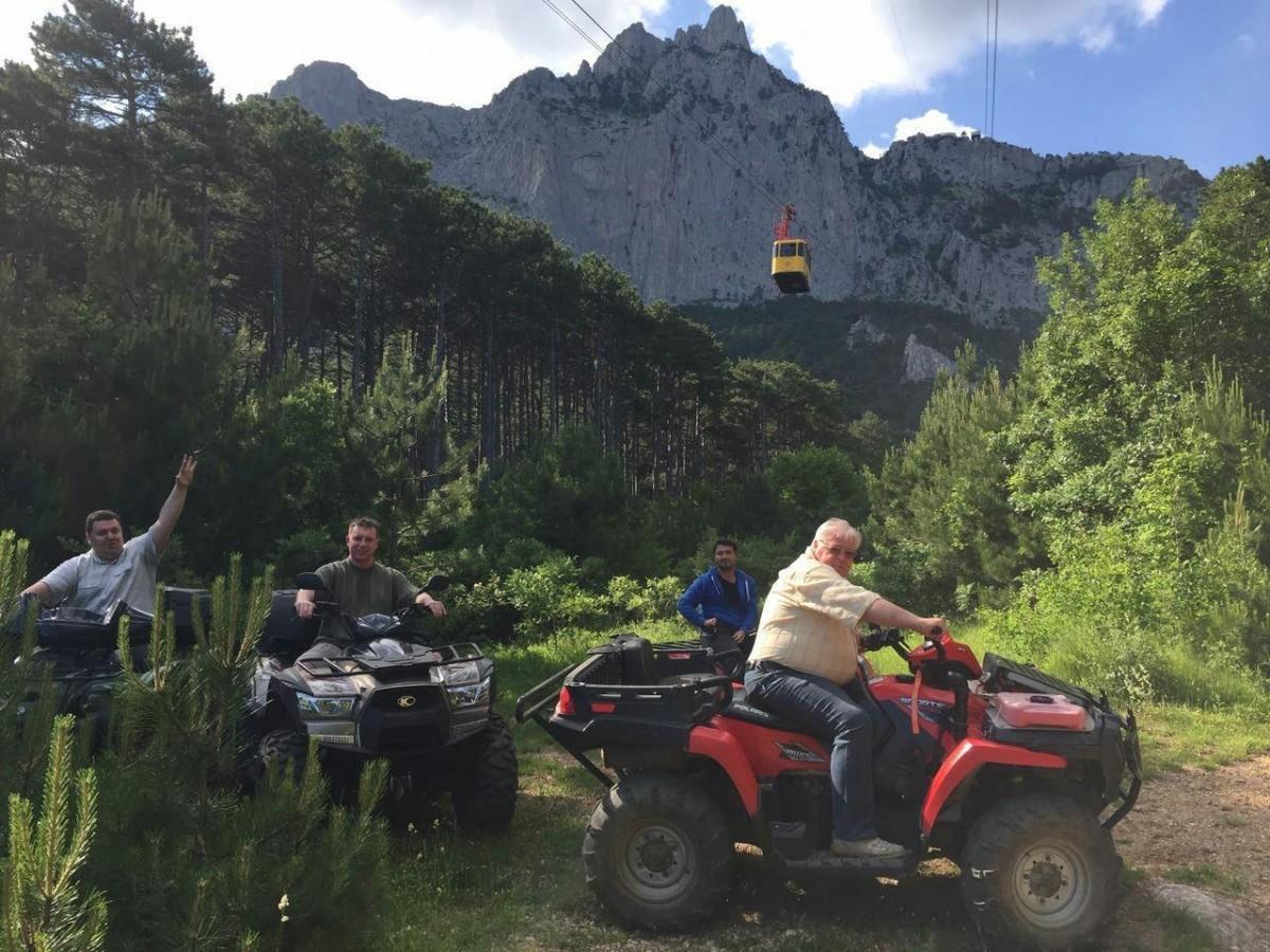 Фото: Двухчасовой квадро-тур в горах Ялты