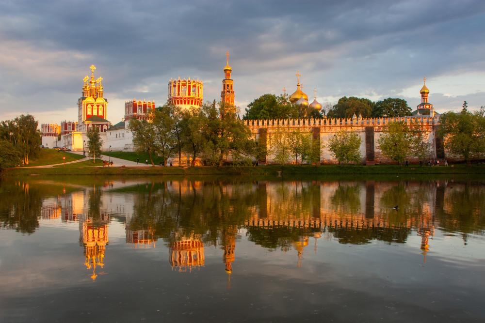Фото: Древняя обитель: Новодевичий некрополь