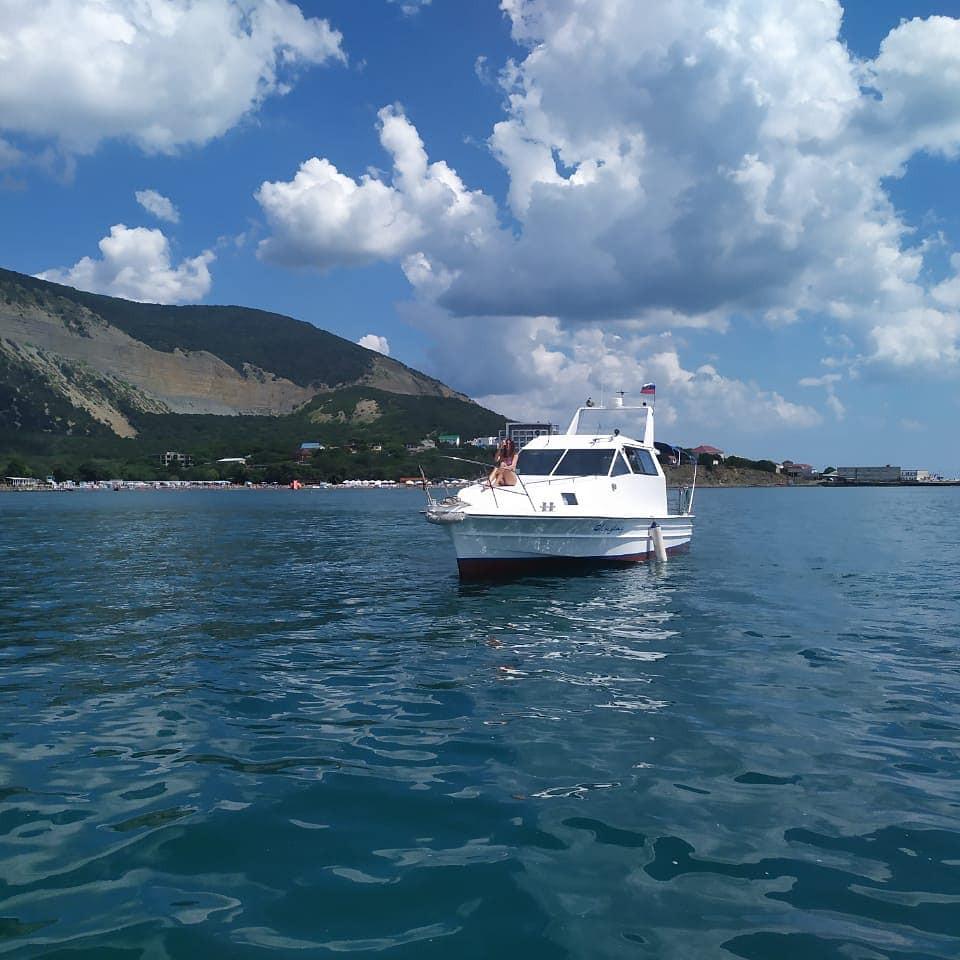 Фото: Моторная яхта «Kraken»