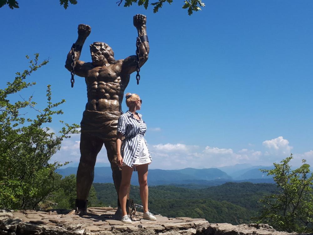 Фото: Орлиные скалы, экскурсия с гидом