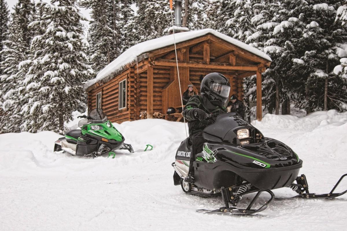 Фото: «Снежное сафари» на снегоходах