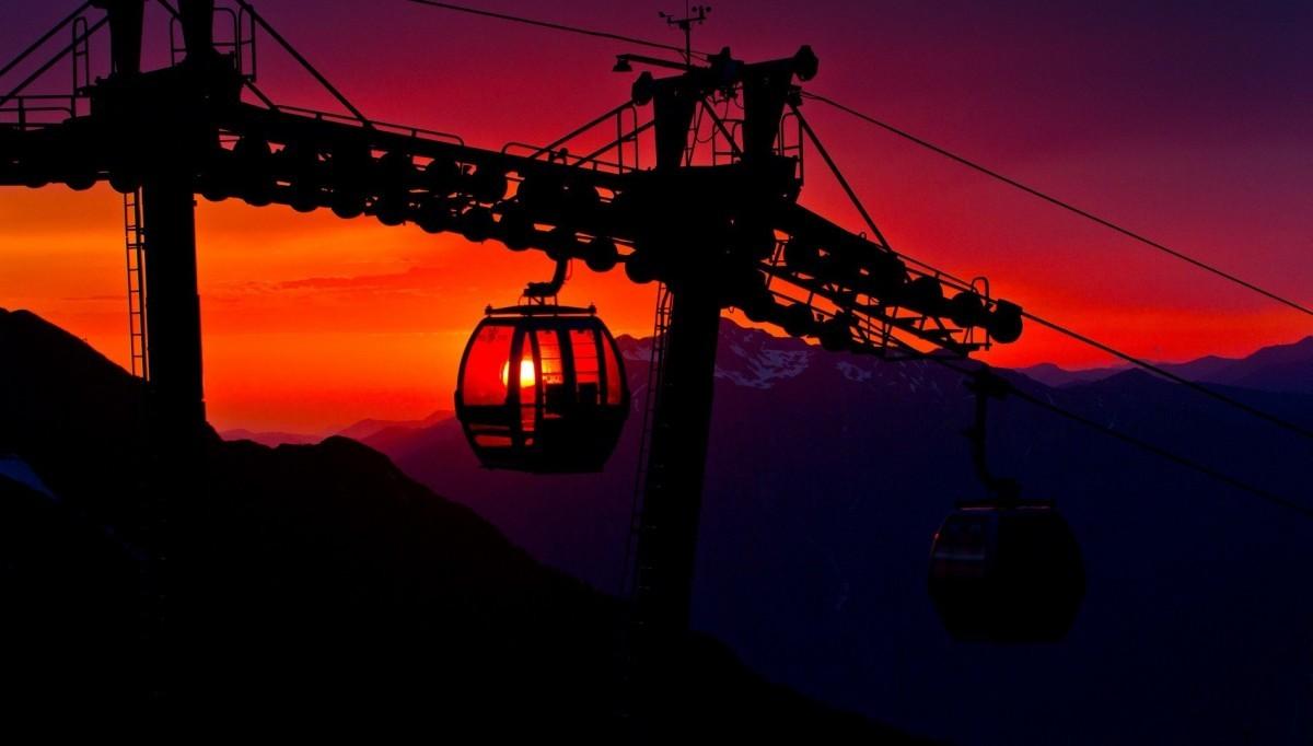 Фото: Закат в горах Красной поляны