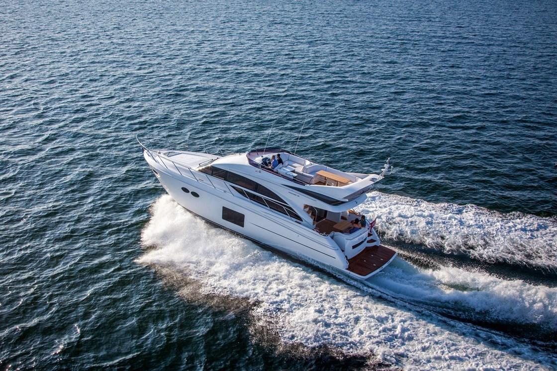Фото: VIP Яхта «Princess 56»