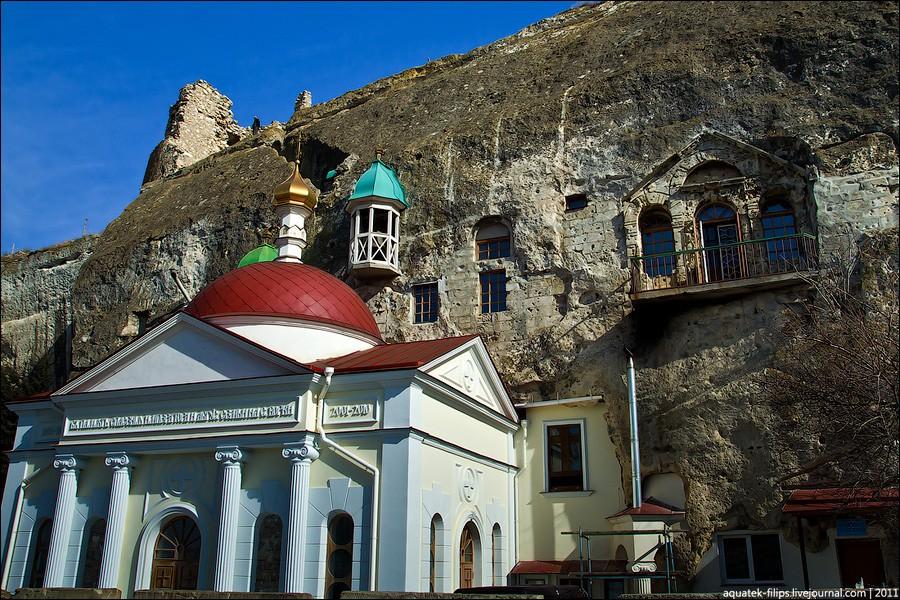 Фото: Церкви и храмы Юго-западного Крыма
