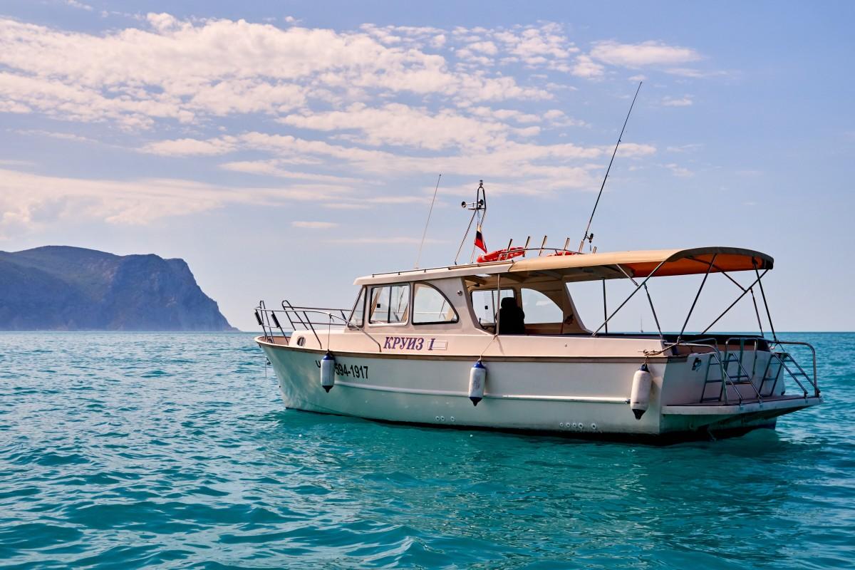 Фото: Аренда круизного катера