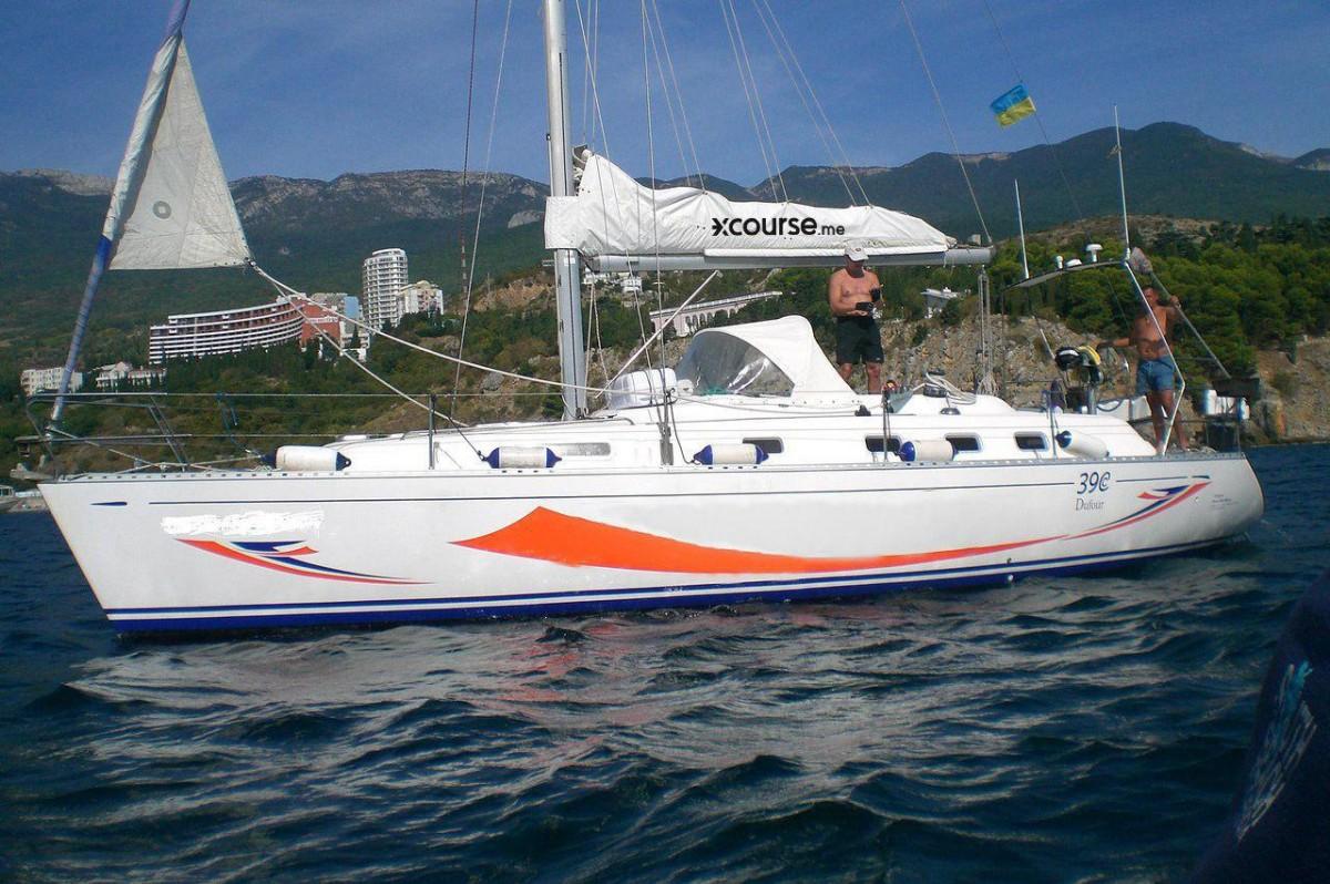 Фото: Парусная яхта «Dufour 39»