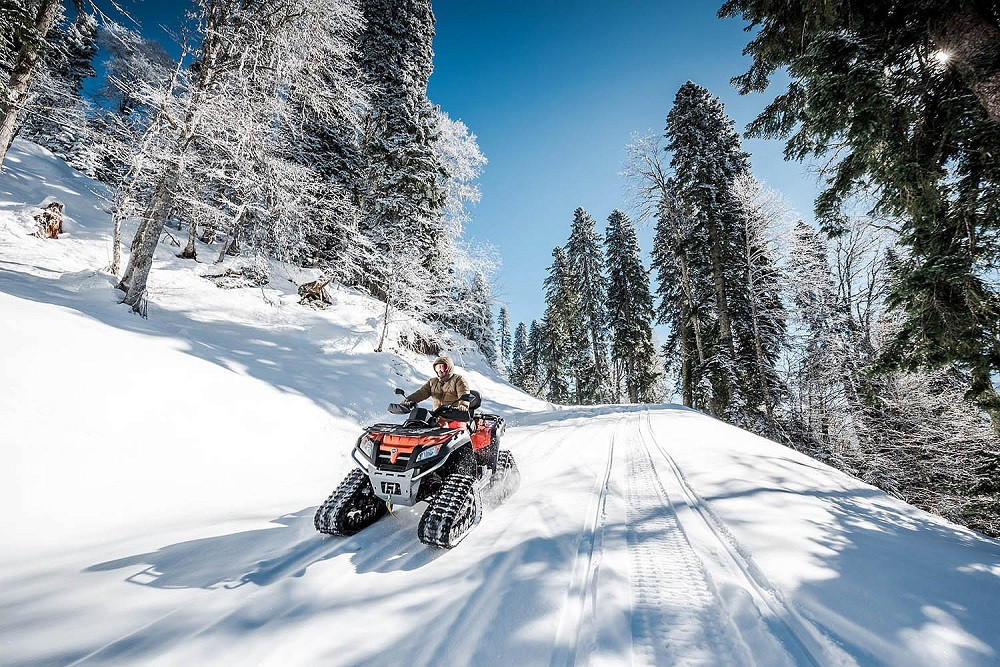 Фото: Тур на снегоходах «Пихтовая поляна»