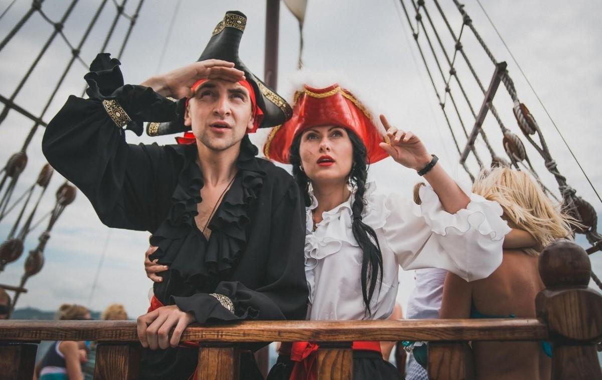 Фото: Пиратская программа на яхте
