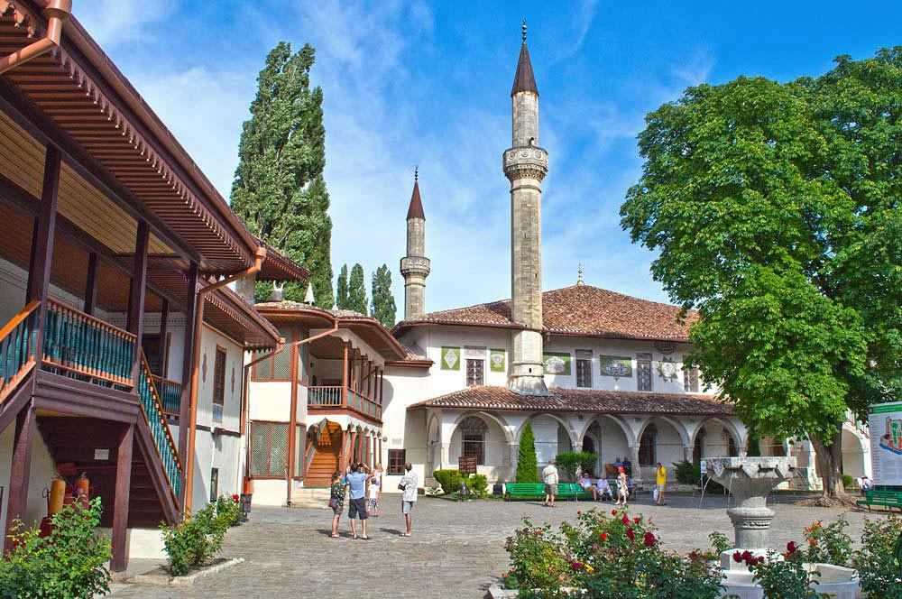 Фото: Пещерные города и дворцы Крыма