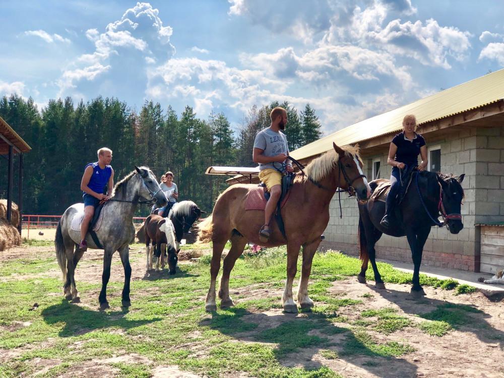Катание на лошадях в Казани