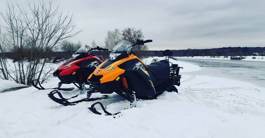 Катание на снегоходах в Москве и Подмосковье