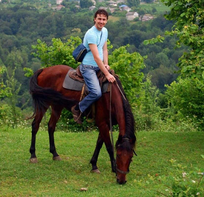 Конные прогулки в Дагомысе и Лоо