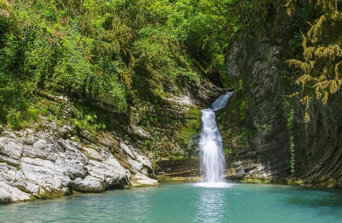 Фото: Самшитовые водопады