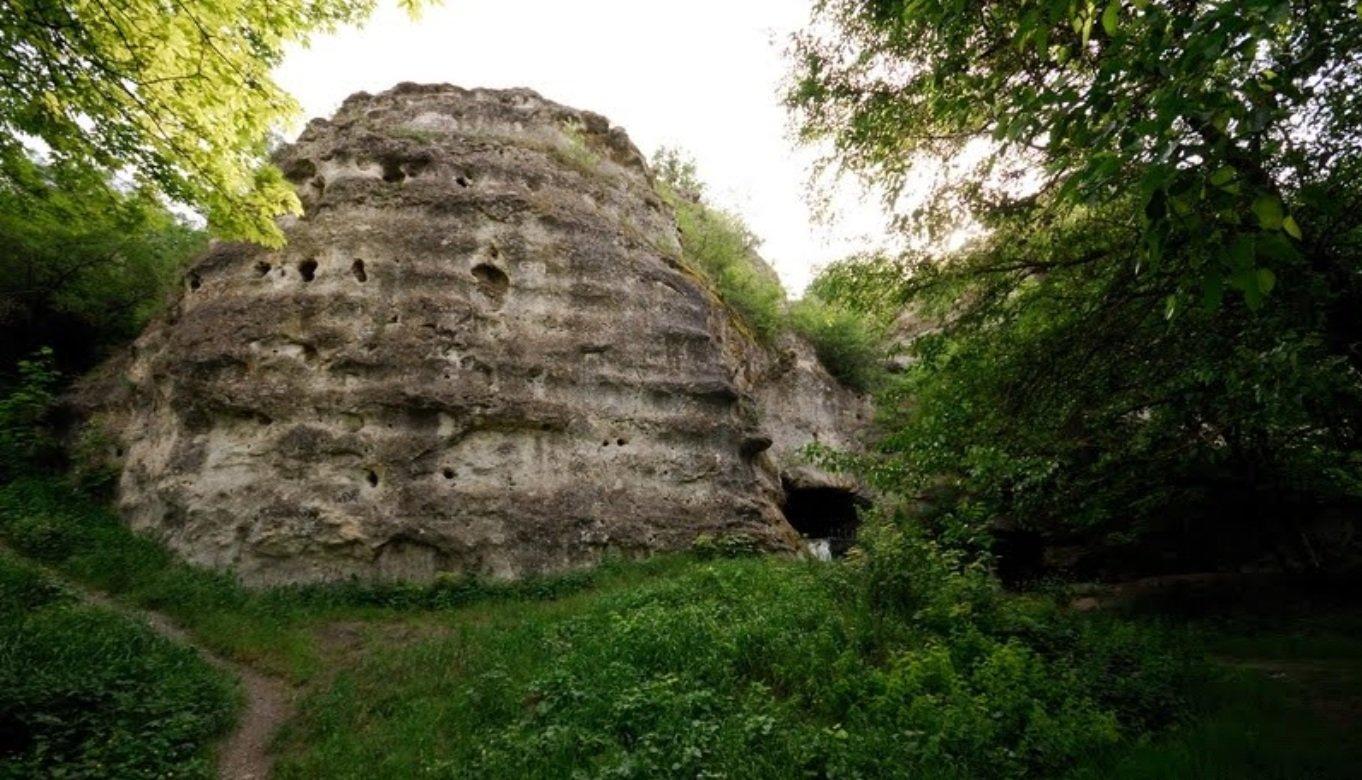 Фото: Пещера Чокурча