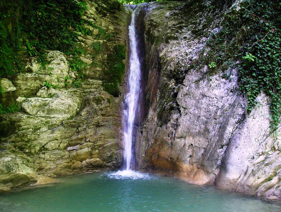 Фото: Водопады реки Дедеркой