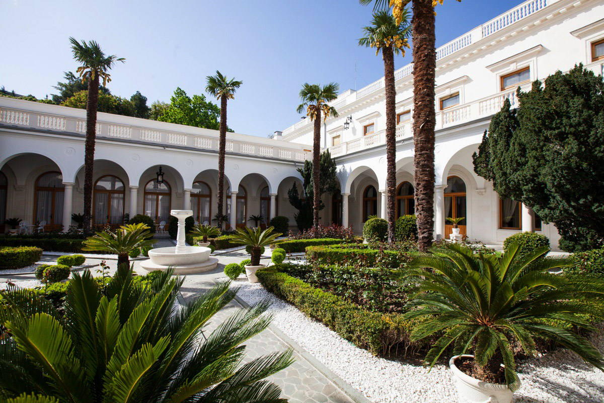 Фото: Ливадийский дворец