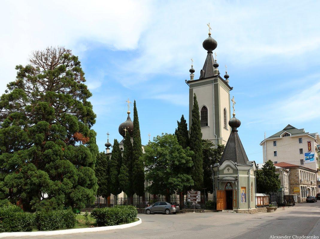 Фото: Храм Всех Крымских Святых и Феодора Стратилата