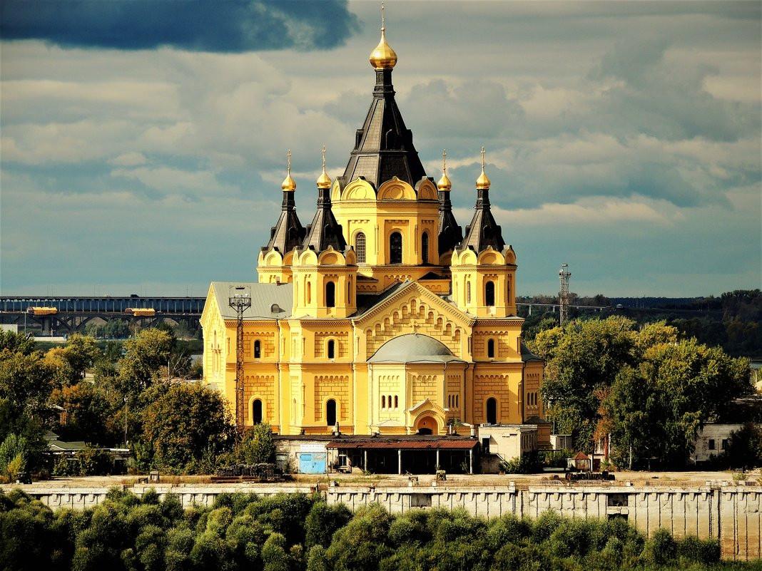 Фото: Александро-Невский Новоярмарочный собор