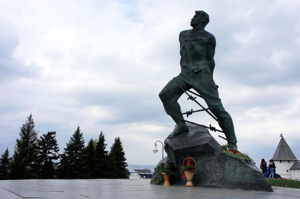 Фото: Памятник Мусе Джалилю