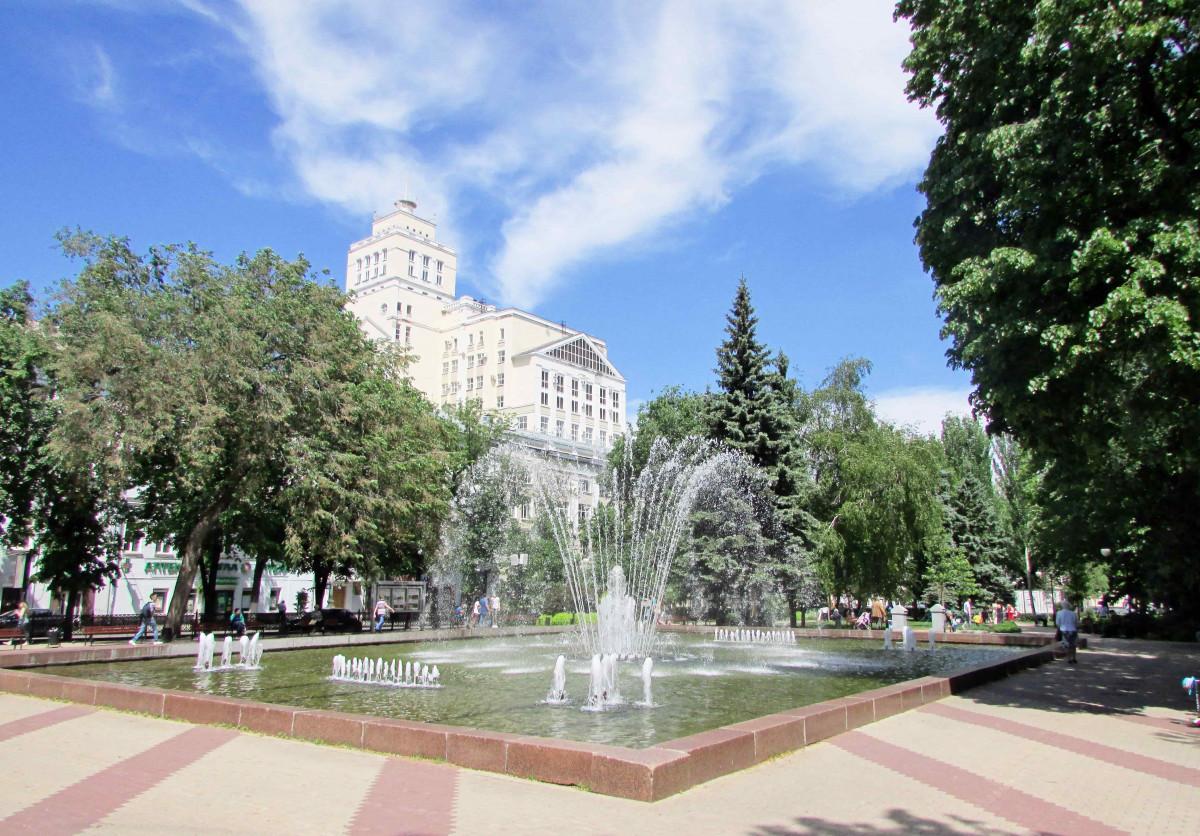 Фото: Кольцовский сквер