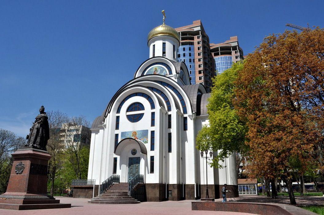 Фото: Покровская церковь