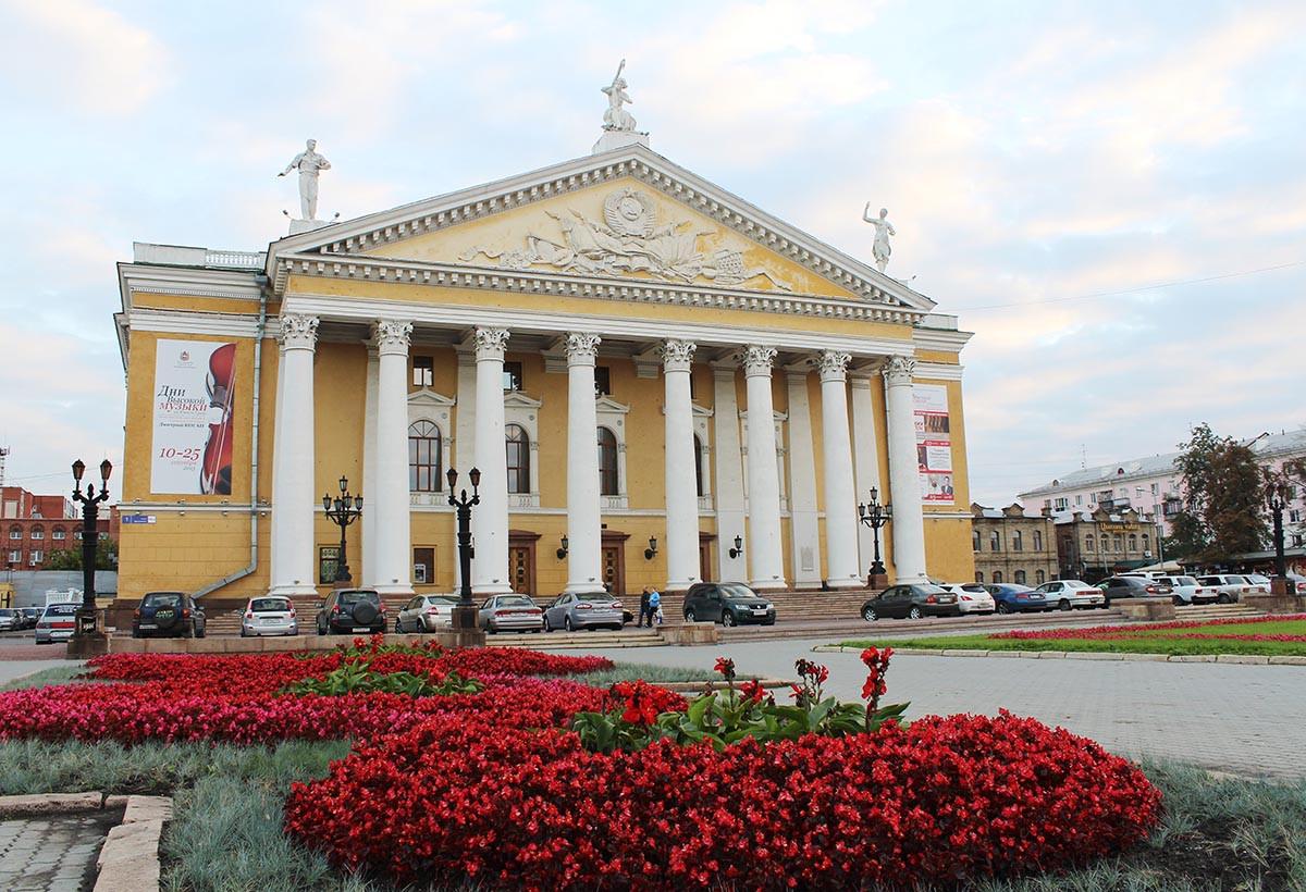 Фото: Театр оперы и балета имени М. И. Глинки