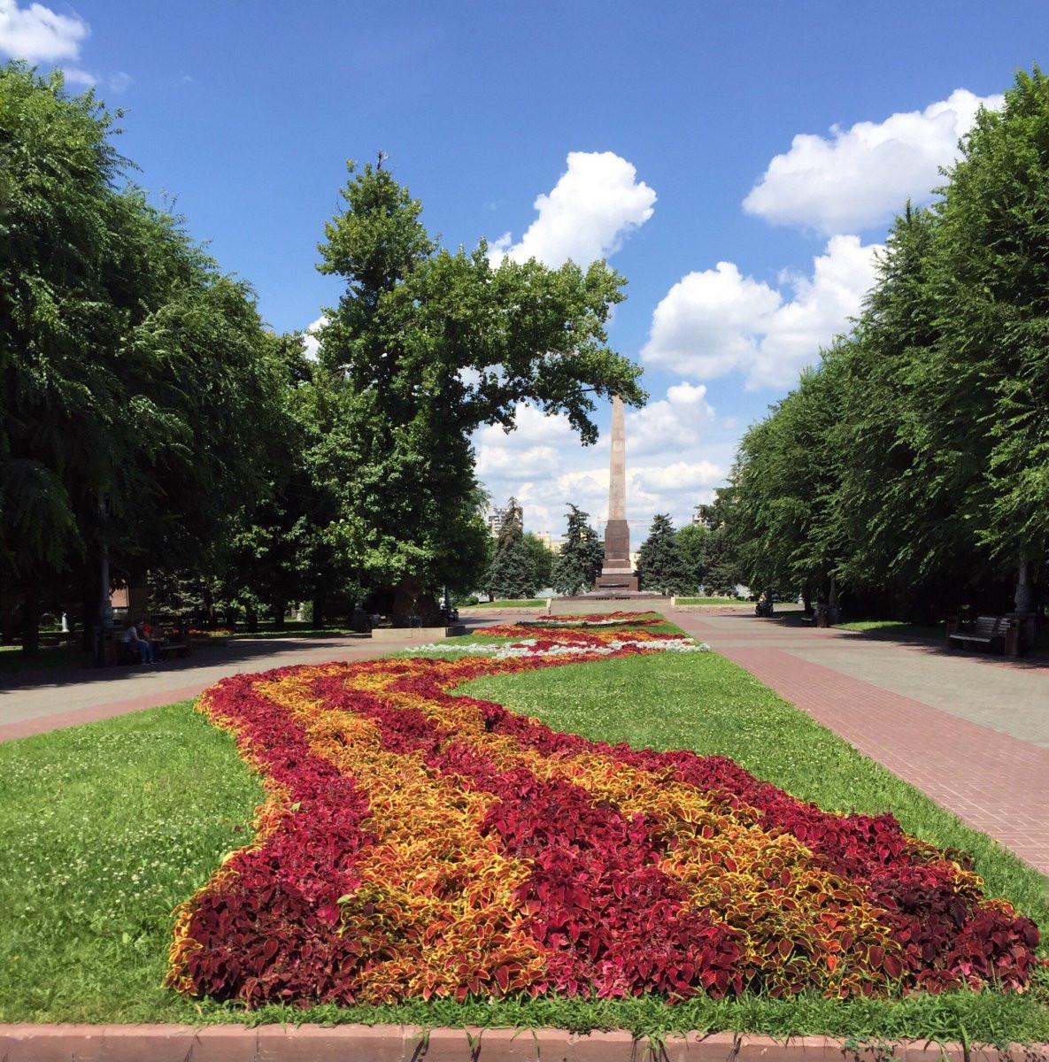 Фото: Площадь Павших борцов