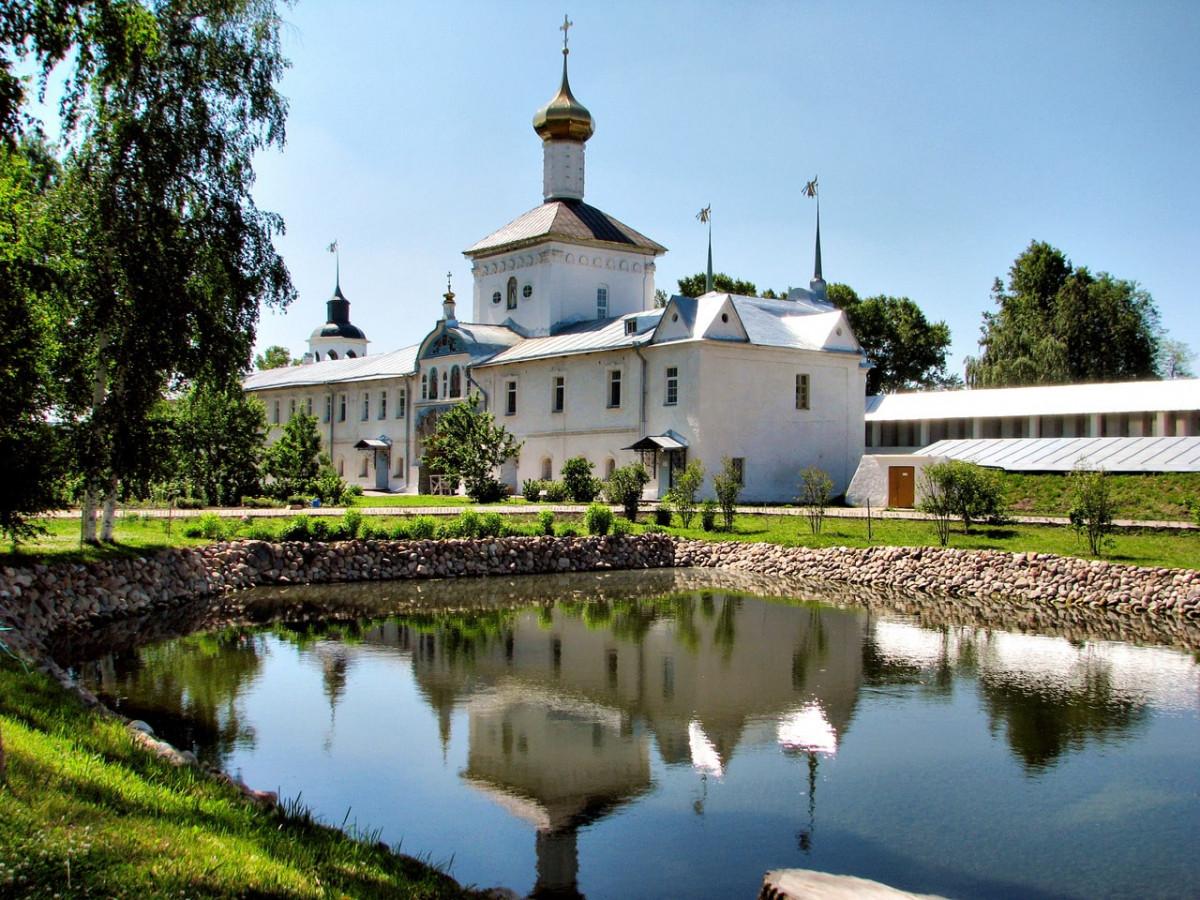 Фото: Толгский монастырь