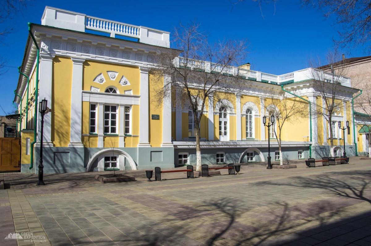 Фото: Здание Дворянского собрания